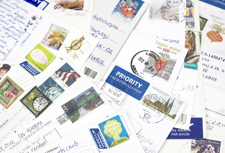 Как отправлять открытки в другую страну